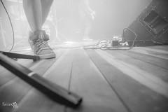 Circuito Saideira Musical   NOVE ZERO NOVE (Fernando Valle Fotografia) Tags: show music love luz smile rio rock brasil de ensaio drums jump concert rj janeiro bass guitar live centro altas valle pb musical da musica singer contraste fernando amizade sorriso luzes fotografia 909 pulo zero concertphotography artur vivo facebook exposio tijuca tavola vocal circuito brasileira estdio iluminao publico nove 021 exposoure saideira concertphotograph concertphotographer errejota wwwfernandovallecombr