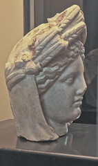 A2588ROMb (preacher43) Tags: italy rome art history face urn museum roman statues colesseum