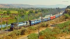Chennai Express (AyushKamal2014) Tags: kamshet chennaimumbaiexpress kynwdg3a 14567r