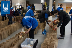 Islamic Relief USA volunteers pack bagged lunches for the D.C. community as part of MLK Day of Service 2015.