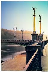 Prague '86: Čechův most (Silke Klimesch) Tags: bridge film río analog 35mm canon river puente prague ae1 prag praha rivière ponte artnouveau pont analogue kafka brücke vltava jugendstil moldau moldava colorefexpro artemodernista čechůvmost nikcollection