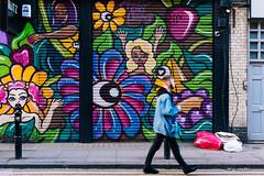 Flower creatures (lorenzoviolone) Tags: england london art strange mural unitedkingdom streetphotography stranger finepix shoreditch fujifilm streetphoto muralart fujiastia100f mirrorless vsco vscofilm streetphotocolor fujix100s x100s fujifilmx100s travel:uk=londonapr16