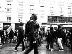 Manifestation 09-04-16 Rennes - Bomber - www.alter1fo (59) (alter1fo) Tags: de rebel chaos travail violence rvolution rebellion incident fo march rennes barre tudiants manifestation sud fer loi crs tudiant cgt bless cagoule gouvernement policire meutes solidaire lices syndicat dbordements casseurs emeutes saccage dbordement