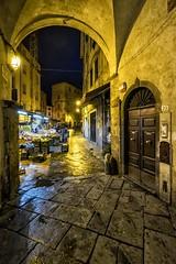 pisa (brucexxit) Tags: italy night earlymorning pisa toscana streetmarket torredipisa piazzagaribaldipisa