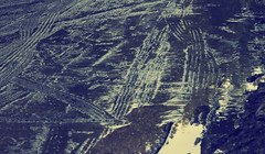 TREADS HUELLAS (jpi-linfatiko) Tags: street urban monochrome monocromo calle nikon mud urbana urbano barro huellas treads d5200