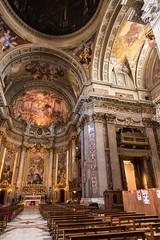 Grandi pulizie di primavera..... (albi_tai) Tags: roma nikon chiesa d750 interno dettaglio 2016 puliziediprimavera trovalintruso santignaziodiloyola albitai nikond750