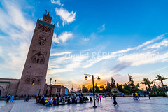 Mosque Koutoubia - Marrakech (oualid.rebib) Tags: sunset monument minaret coucher morocco maroc marrakech mosquee koutoubia mosque