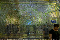 Wall decorations at Shah-e-Cheragh (T   J ) Tags: iran fujifilm shiraz xt1 teeje shahecheragh fujinon1024mmf4