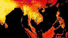 ไทยร้อนจัดขั้นวิปริต!! นาซาโชว์ภาพดาวเทียม อุณหภูมิสูงสุดในรอบ56ปี     คนไทยเผชิญสภาพอากาศร้อนสุดๆ ภาพถ่ายดาวเทียมของนาซาแสดงให้เห็นคลื่นความร้อนแผ่ปกคลุมประเทศไทย ในเดือนเมษายน อุณหภูมิสูงสุดถึง 44.4 องศา ร้อนสุดเป็นประวัติการณ์ในรอบ 56 ปี  http://nuclea