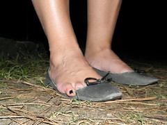 My model and her trashed flats 4 (luk742003) Tags: shoes toe flats cleavage piedi trashed ballerine heelpop heelpopping