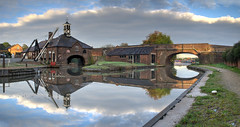 Coventry Canal Hartshill Yard_Panorama1 (Owd Roger) Tags: canals coventrycanal