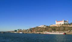Dec 30 Bratislava Castle Hill Scape 2 (johan.pipet) Tags: city castle skyline canon river boat town europe flickr downtown hill eu slovensko slovakia palo bratislava danube hrad donau bartos mesto rieka dunaj kopec vrch barto zukermandel