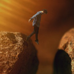 Permirtir-se (.Pedro Soares.) Tags: boy shadow sun fall sol self canon myself jump rocks bokeh surrealism surreal sombra falling jeans simplicity simple memyselfi memyselfandi xsi selfie simplicidade surrealismo boyboyboy canonxsi pedrosoaresphotography