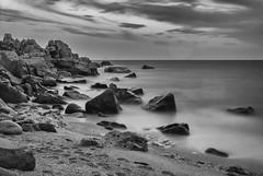Pietragrande (Nakazuchi) Tags: sea bw beach water bay seaside mare shore calabria biancoenero scogliera longexpo lungaesposizione