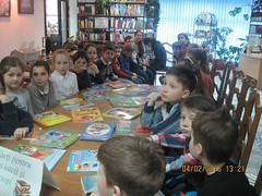 n vizit la bibliotec (Centrul Academic Eminescu) Tags: academic eminescu centrul chiinu bibliotec