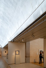 Gallery Partition, Return Air Duct detail (See.jay) Tags: light usa detail art museum architecture modern america way concrete louis gallery texas arch finding interior cork perspective naturallight architect kahn vault circulation travertine partition modernarchitecture fortworth aluminium louiskahn whiteoak tracklighting vaultedceilings tectonics diffusedlight dappledlight partitionwall cycloid lightdiffuser travertinetile gallerydisplay servantspace servedspace servicesdetail returnairduct posttensionedconcretebeam constructionlogic
