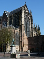 Cathedral Dom Church Utrecht, the Netherlands. (TeenyWeenyDesign/Adrianne) Tags: utrecht domtoren cathedral oldbuildings domtower