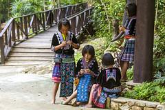 ChiangMai_1152 (JCS75) Tags: horizontal kids canon children thailand photography asia chiangmai hilltribe colorimage akkha