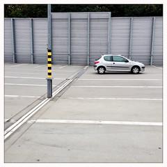 RS_150926_18 01 04 (ralfs-photo) Tags: deutschland grau grafik deu kaiserslautern rheinlandpfalz iphone parkdeck linien hipstamatic
