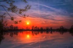 Dreams (M-Z-Photo) Tags: de bayern deutschland sonnenuntergang hdr langzeitbelichtung wasserspiegelung altmhlsee graufilter muhramsee reflxionen