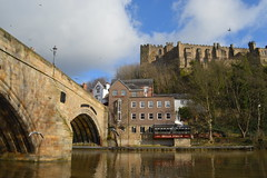 Durham bridge & castle (Tony Worrall Foto) Tags: county city uk bridge england english history wet water architecture buildings river flow stream tour crossing open durham place cross riverside country north scenic visit location tourist historic east area northern update quaint northeast built attraction relic olden welovethenorth