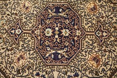 IMG_4982 (bildhamburg) Tags: interieur kleurrijk fauve tapijt motief