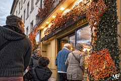 La boulangerie patisserie DxOFP LM+21_P2139 (mich53 - thank you for your comments and 3M views!) Tags: street light france pain ledefrance rue ville boulangerie regards vitrine saintgermainenlaye curiosit 2016 ptisserie ftes guirlandes scnesdevie tlmtre schops dxofp superelmarm21mmf34asph leicamtype240