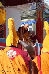 SSDL Lama Gyourmé MR et moines au Stupa