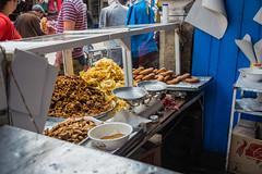 Essaouira - Chebakia street bakery (Thomas G. from U.) Tags: africa food essen market morocco maroc pastry maghreb marketstreet essaouira marokko rosewater deepfried mogador almaghrib kingdomofmorocco chebakia northwestafrica  mogadore   thewesternkingdom asawra taurt almamlakahalmaghribiyah regionofwesternnorthafrica  marrakeshsafi  313047n94611w avenuemohamedzerktoumi