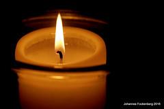 Kerze (grafenhans) Tags: light macro licht sony kerze af alpha 700 makro tamron schein a700 2590 docht alpha700