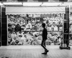 ACA_145 (www.arcigaandy.com) Tags: street people blackandwhite black portraits flickr dubai uae streetphotography streetlife streetscene portraiture creativecommons photowalk fujifilm souq highiso potraits blackandwhiteportraits isonoise blackandwhitestreetphotography mirrorless blackandwhitestreet photowalkdubai fujifilmxe2 fujifilmmiddleeast