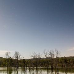 Lake Wyaralong (Jesse4870) Tags: lake night stars dam south scenic australia brisbane east queensland rim ipswich startrails beaudesert seq moogerah
