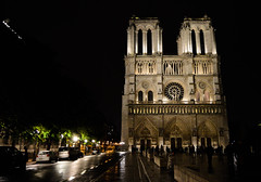DSC_0823 (Latitia Kzn) Tags: paris church night notredame cathdral