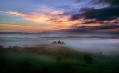 The fog in Val D'Orcia (Fabrizio Massetti) Tags: red sun fog rural sunrise siena pienza valdorcia schneider cambo phaseone sanquirico iq180