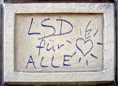 - (txmx 2) Tags: graffiti hamburg scrawl whitetagsspamtags whitetagsrobottags