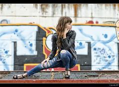 Anna María - 2/5 (Pogdorica) Tags: parque chica retrato modelo denim annamaria sesion cuero vagon posado arganzuela