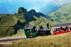 Brienz-Rothorn-Bahn (welenna) Tags: summer lake mountains alps landscape switzerland see view brienzersee zug berge alpen bahn berneroberland brienzrothornbahn brienzerrothorn