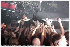 John Coffey @ Vera Mainstage (Dit is Suzanne) Tags: netherlands concert availablelight gig nederland groningen vera crowdsurfing soldout sigma30mmf14exdchsm views50  crowdsurfen veraclub img3133 uitverkocht  beschikbaarlicht canoneos40d johncoffey   veramainstage ditissuzanne 18122015