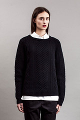 Stylish women in fashion knitwear (Mytwist) Tags: wool sweater passion jumper knitted laine vouge maska webfound mytwist