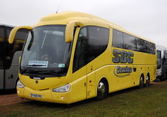 Southend United Football Club (Hesterjenna Photography) Tags: bus coach team battersea southend coaches scania psv southendunited sufc irizar southendunitedfc teamcoach southendunitedfootballclub fa08eng