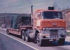 Ford H1000 Diesel (PAcarhauler) Tags: tractor ford semi trailer coe cabover