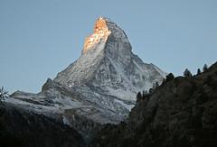 Hot tip (Alpine Light & Structure) Tags: alps alpes sunrise schweiz switzerland suisse zermatt matterhorn alpen cervin cervino