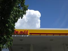 hell (Blinking Charlie) Tags: seattle usa cloud uptown cumulus washingtonstate shellstation 2014 lowerqueenanne streettree canonpowershots100 cumuluscastellanus queenanneavenuen