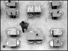 NICE ETOILE#1 (francescoilarioesposito) Tags: bar uomo sedie nizza tavoli