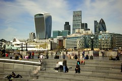 Blue sky in London (Jorgepevet) Tags: longexposure london ndfilter largaexposicion
