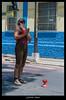 Uma Paradinha no Sinal (AmatoGabi) Tags: street brazil minasgerais brasil canon ensaio photography photo retrato mg malabares expressão ensaiofotografico sãojoãodelrei cidadehistórica canon400d ensaiomasculino lente3580mm ensaiofotograficomasculino gabrielaamatofotografia