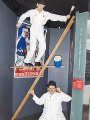 Laurel et Hardy  - musée Grévin ( Paris) (stefff13) Tags: musée grévin cire célébrité paris france laurel hardy