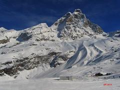 Sua Maest il Cervino (gbistoletti) Tags: panorama primavera italia nuvole neve inverno sci cervinia valdaosta cervino
