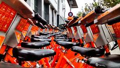 Orange and black (KarolMIlosB) Tags: orange black negro repetition bici naranja bicicletas itau