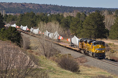 UP 8834 Colorado Springs 21 Apr 16 (AK Ween) Tags: railroad windmill up train colorado coloradosprings unionpacific emd sd70ace jointline windmilltrain bladetrain up8834 sd70ah